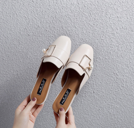 新创一款:包头鞋,适合夏天穿,受到千万女生图片通女人欧美头像的卡图片