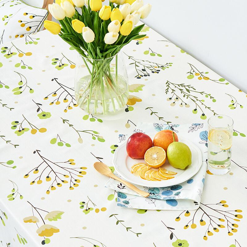 时尚印花餐桌布,让家中餐桌完成华丽转身