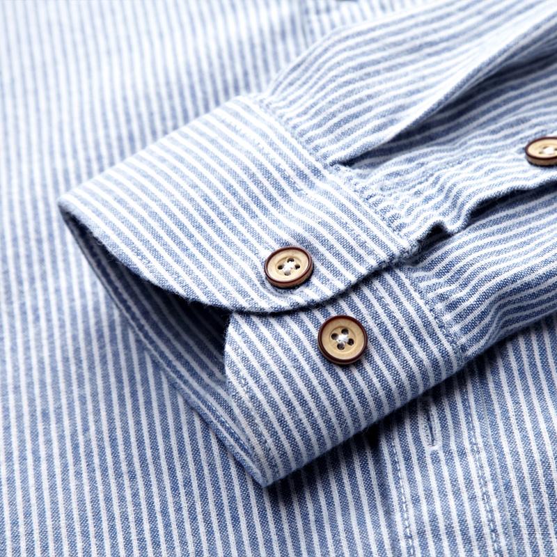 男人出门别穿得太老土,穿今年流行的衬衫,特别体面有气质概
