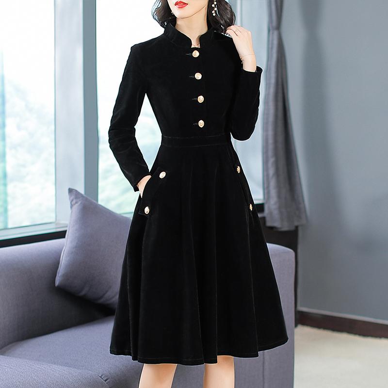 """黑裤子趁早扔了,时下巨流行的""""赫本裙"""",件件让你显瘦又嫩美"""