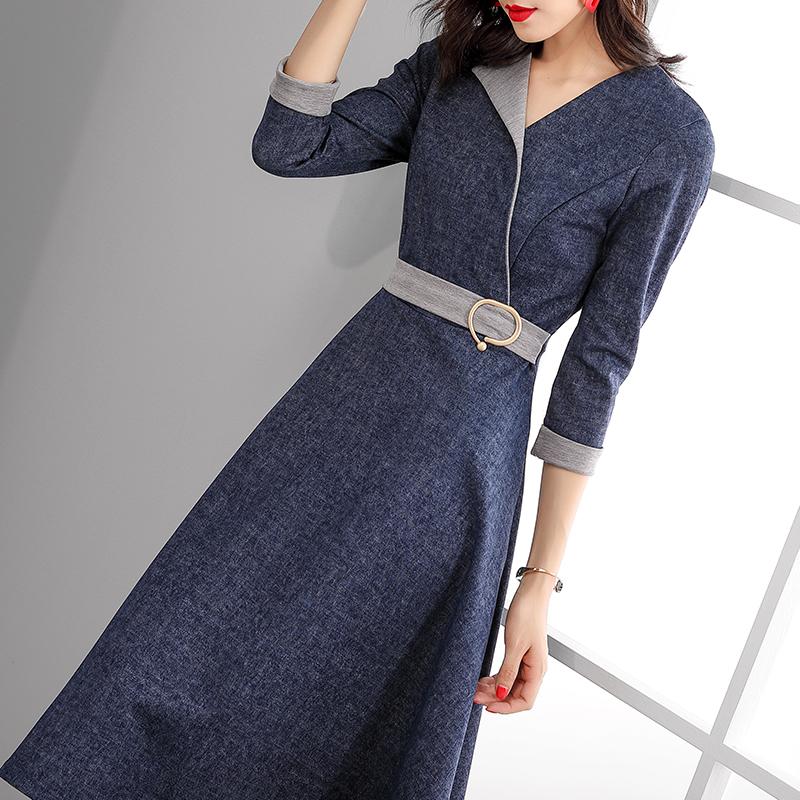 女人长得好看,别老穿毛衣裙!瞅瞅这下面的打扮,美到心头肉里