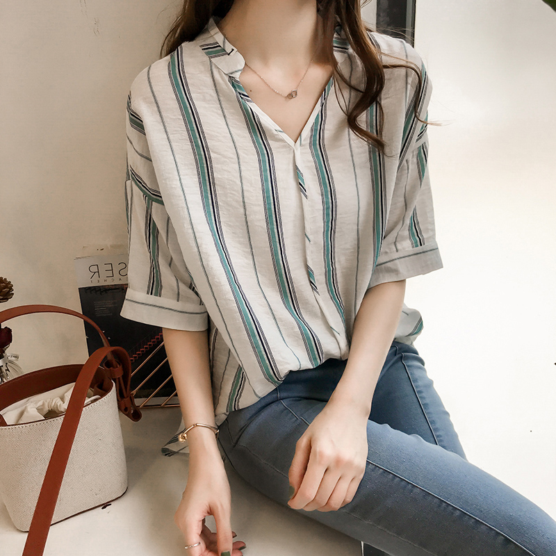 特别有气质的女士小衫,让你越穿越美,非常的有气质呢