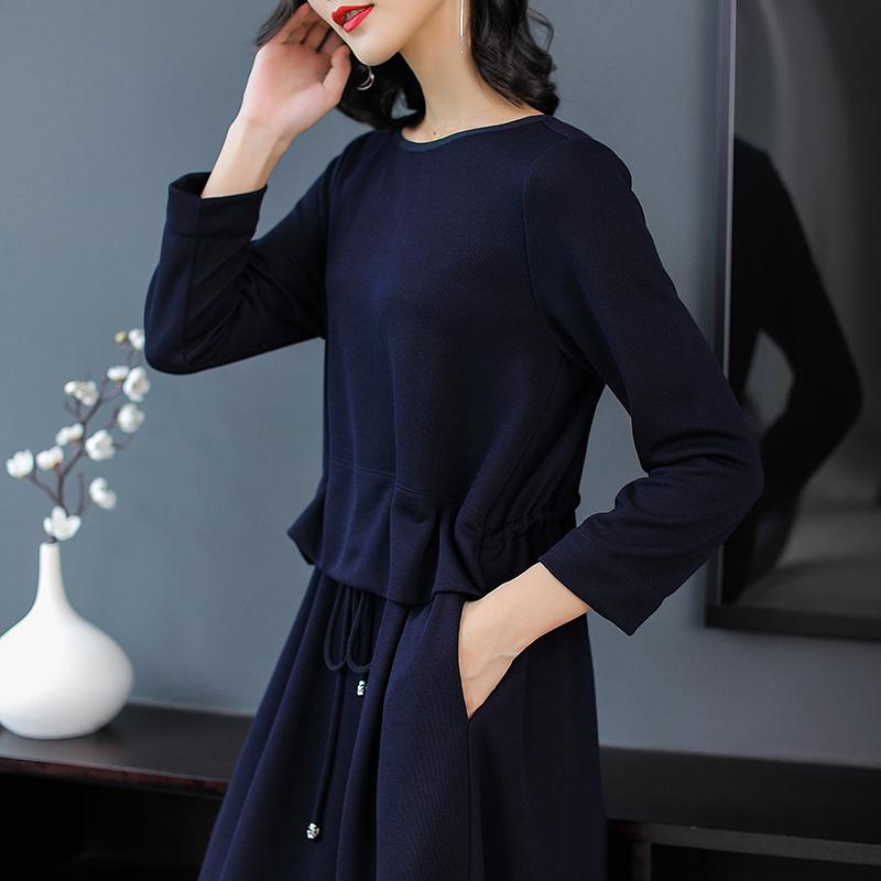 """""""纯色""""秋裙,比十件旗袍高贵,任何年龄段女人都可穿,简单就美"""