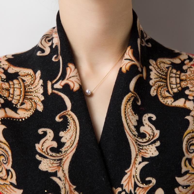 """这新上一款""""羊绒衫"""",贵了点,但确实洋气,60后穿显嫩美爆了"""