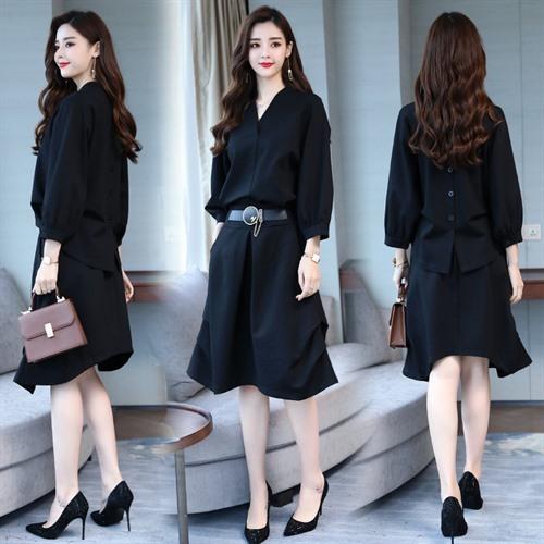 新款韩版收腰显瘦时尚休闲洋气两件套优惠券