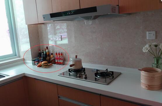 免打孔太空铝厨房置物架优惠券