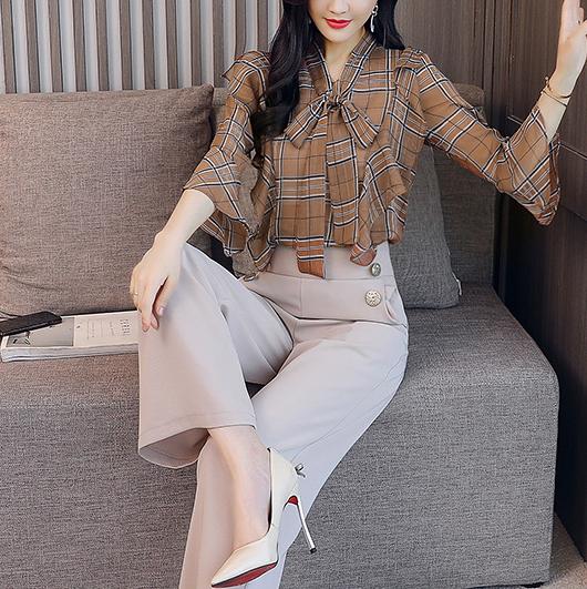 入秋一条连体裤就够了,时髦减龄,美得太迷人