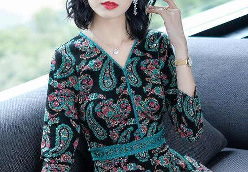 女人选衣服,就两点:款式和舒适!以下12款秋裙,款款美轮美奂