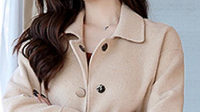 """中秋将至,经济好的话,穿这高级""""羊绒外套"""",高贵优雅动人"""