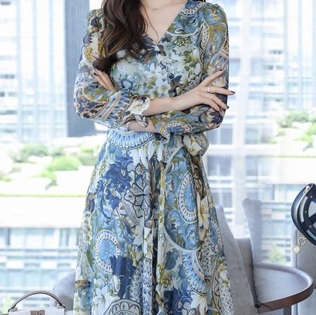 美美美!真的太美了!47岁的妈妈穿上它,洋气显嫩,气质非凡