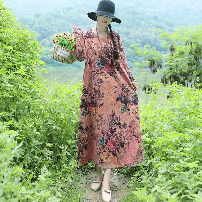 也不知52岁老妈从哪看到这款裙子,吵着要我买,不过还真挺好看