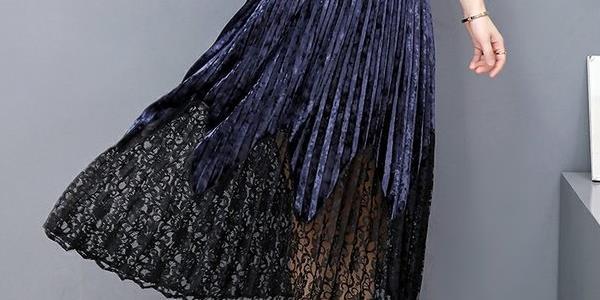 女人过了45岁,建议穿高贵点,入秋穿这种秋裙,美的惊艳所有人
