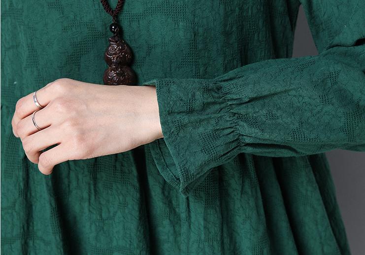 体寒的女人最好别穿裙,刚上市的棉麻装,穿上太舒服,美丽显高挑