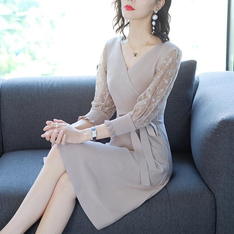 V领镂空蕾丝拼接毛衣针织打底连衣裙优惠券