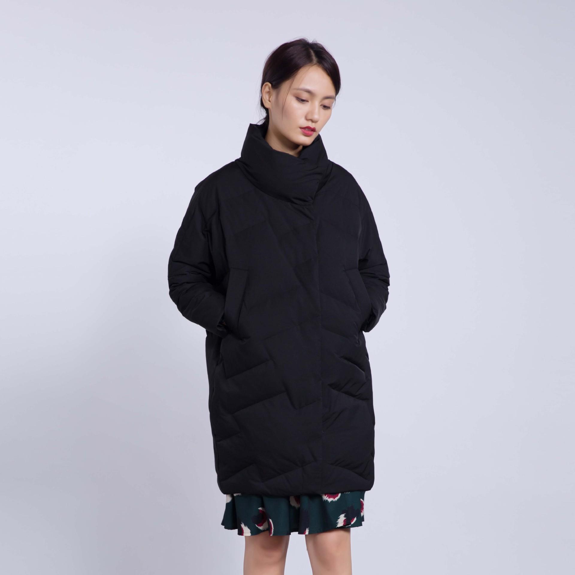 冬季新款蝙蝠袖高立领冷淡风中女长羽绒服优惠券