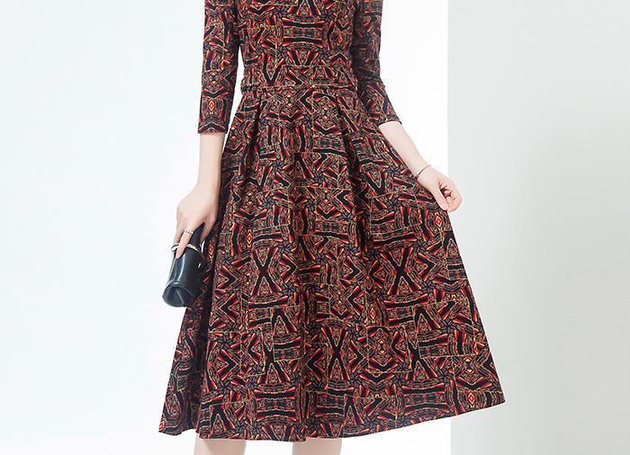 我滴妈呀!太漂亮了!碾压十件旗袍的秋裙,不薄不厚,国庆穿美翻