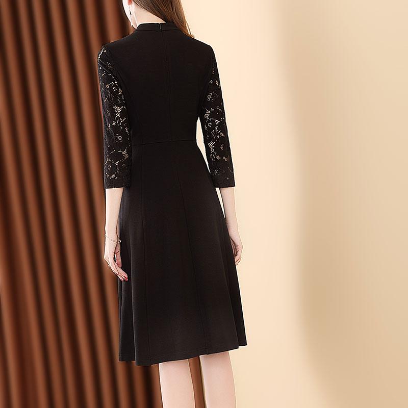淑女拼接蕾丝七分袖气质连衣裙优惠券