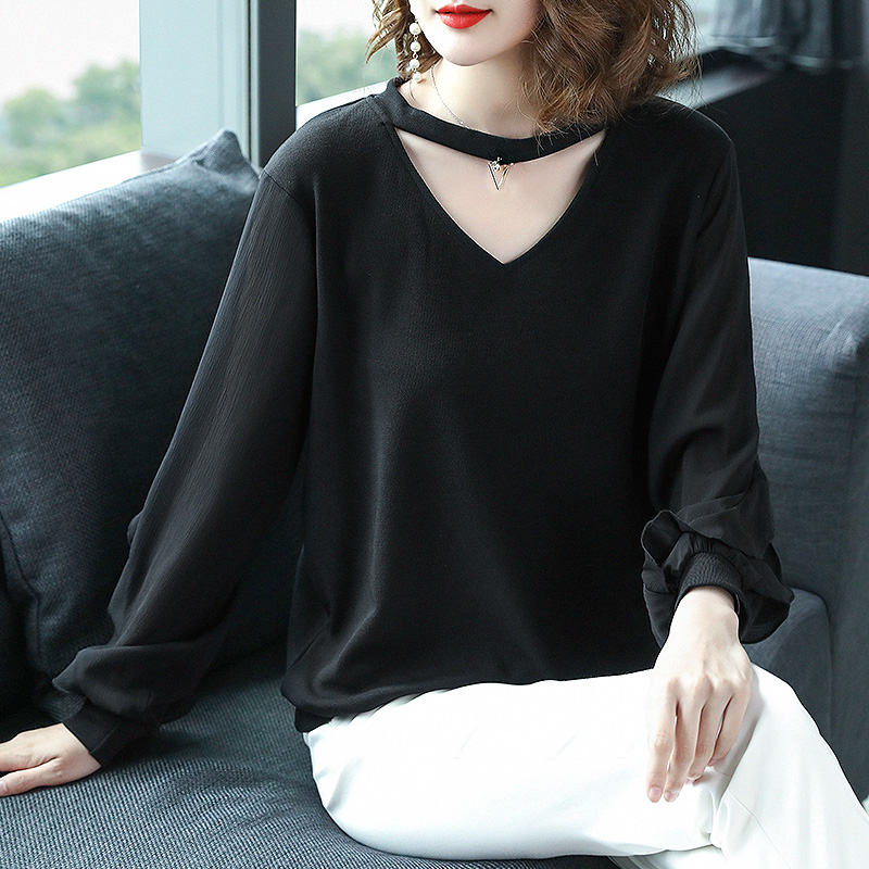 女人上了40岁,就得穿嫩点!瞧下面这大码小衫,好穿不贵特嫩美